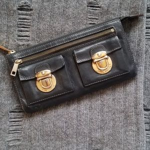 Marc Jacobs wallet leather with gold buckles
